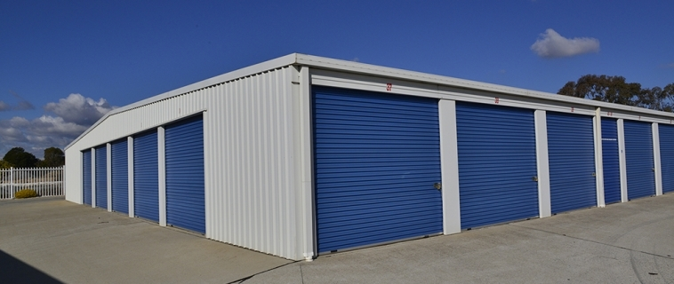 Packing Self Storage Mount Eliza