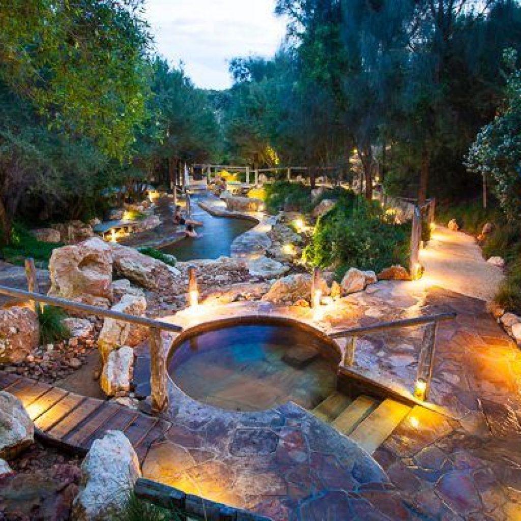 hot springs in australia